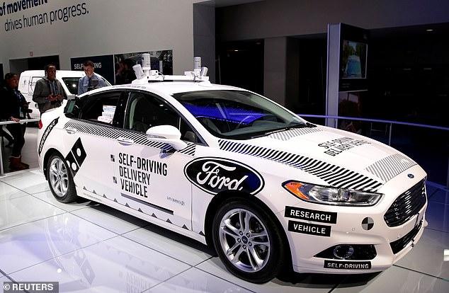 沃尔玛与福特合作推出无人驾驶汽车送货服务