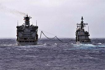 美军航母领衔多艘军舰在太平洋进行联合演练