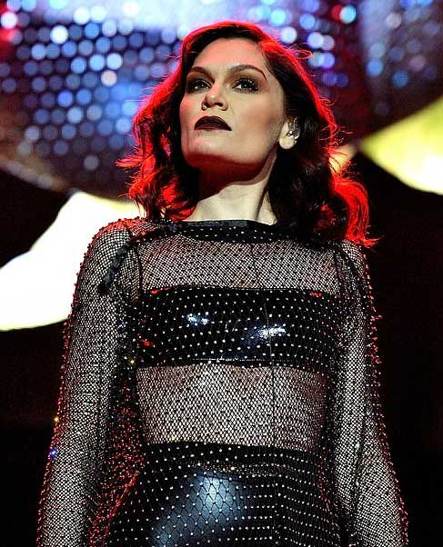 Jessie J自曝4年前发现自己无法生育