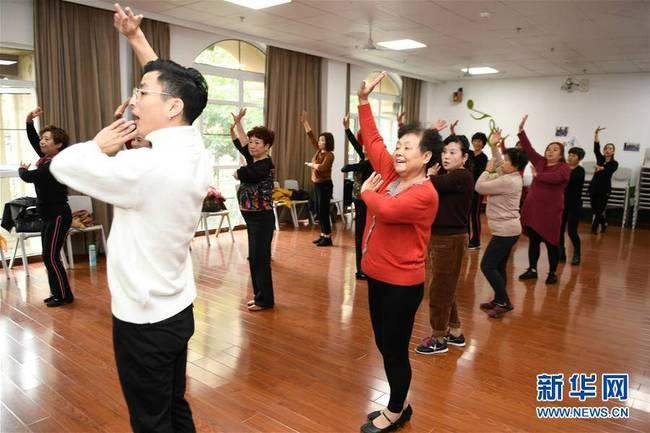 浙江湖州:多彩宜居的万人农民社区