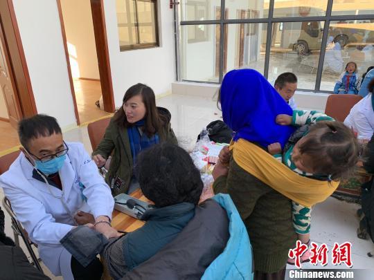 """""""反哺""""帮扶公立医院 西藏民营医院""""开先河"""""""