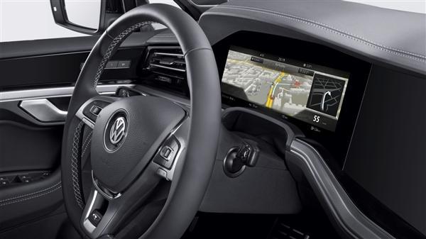 博世推首个曲面屏汽车仪表 模仿人眼曲率性能极优