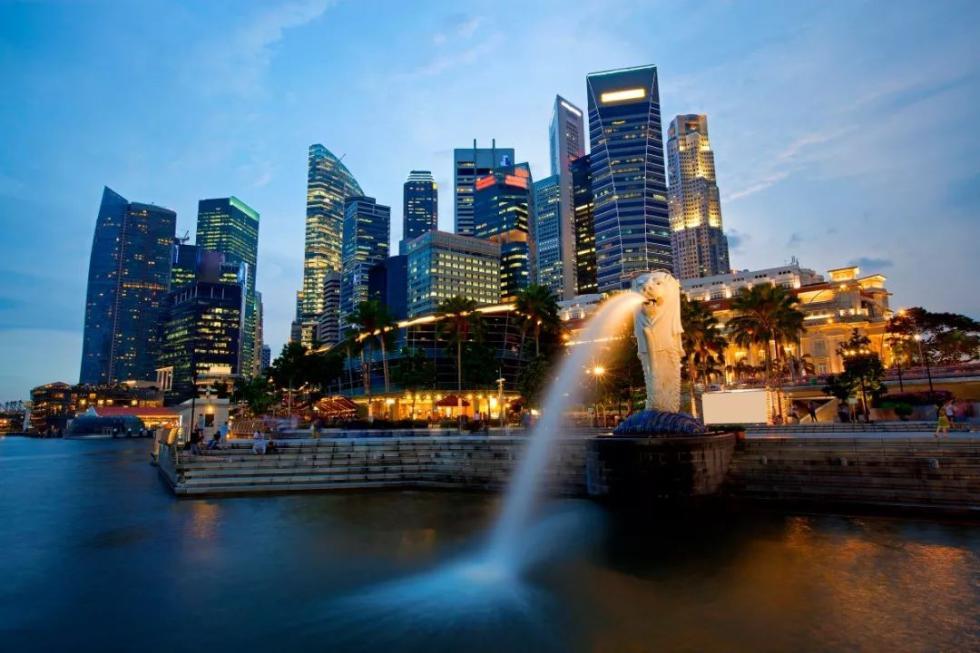 总理在新加坡出席东亚合作领导人系列会议期间达成哪些经贸合作成果?商务部回应