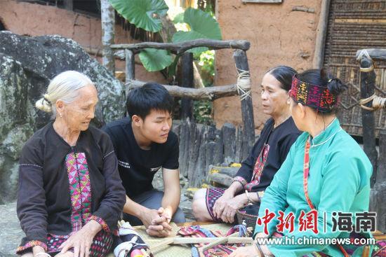 纪录片《岛上的匠人》槟榔谷讲述非遗故事