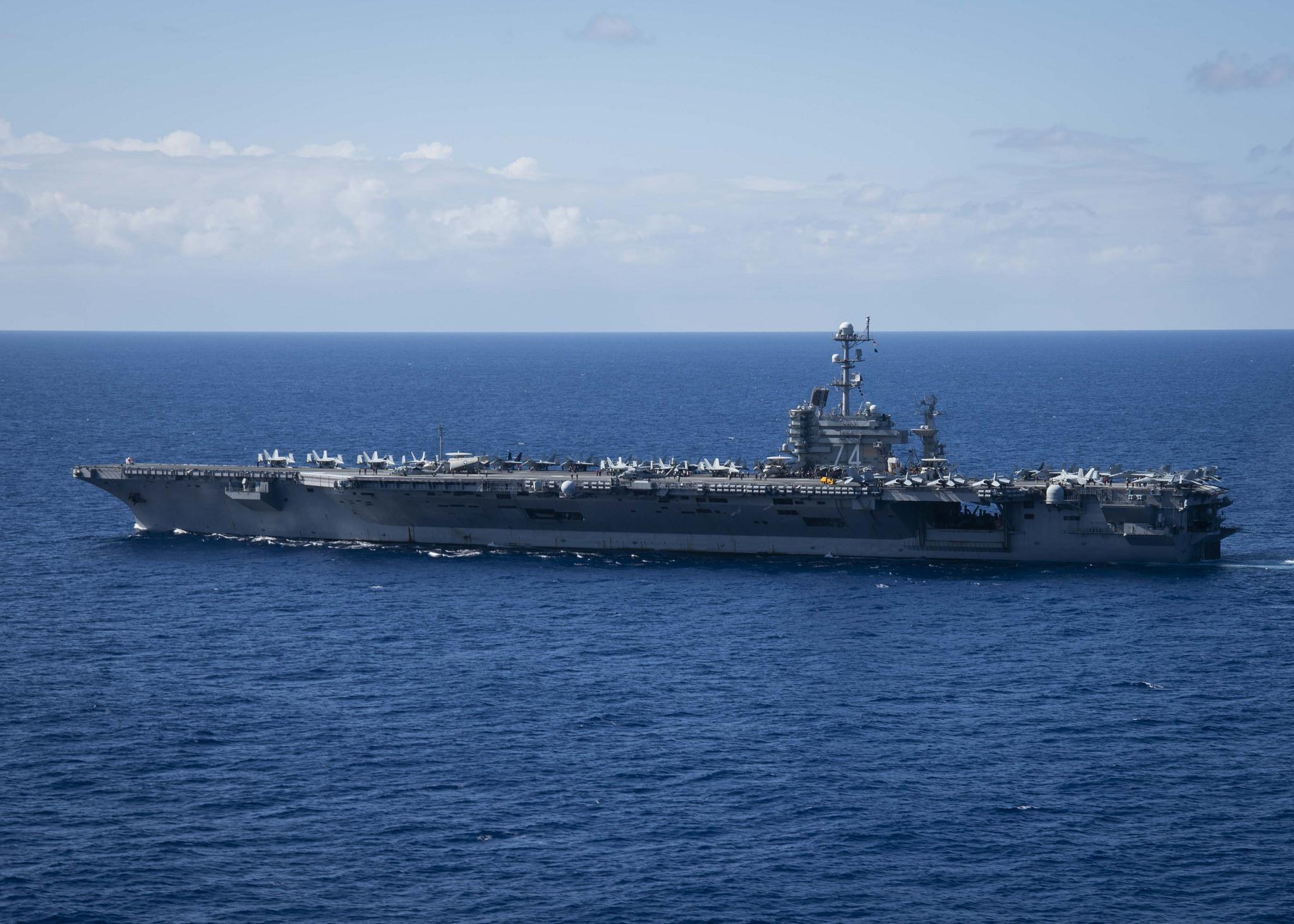 敏感时机美军双航母再聚西太 可组三航母战斗群