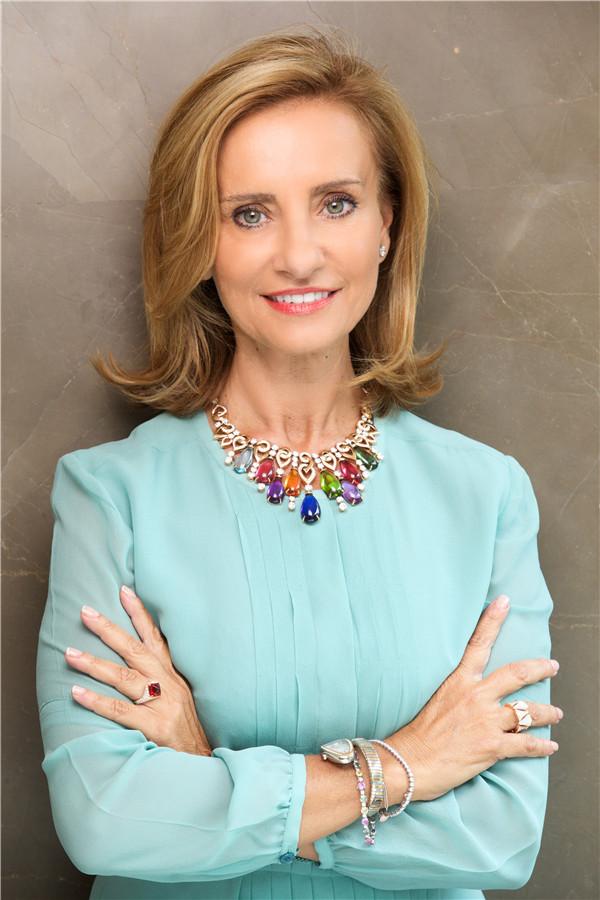 环球网时尚频道专访宝格丽创意总监Lucia Silvestri