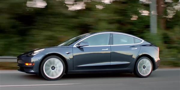 特斯拉遇尴尬:天冷情况Model 3陷各种小问题