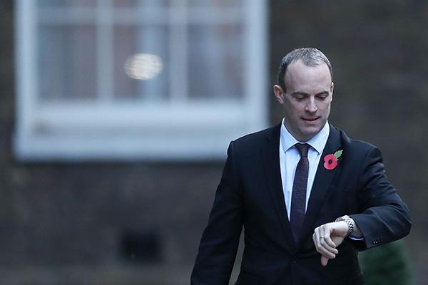 """脱欧协议引发内阁辞职潮,英国""""萧墙之祸""""威胁脱欧进程"""