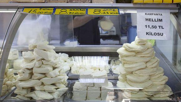 英媒:塞国奶酪在华热销 生产商:压力山大