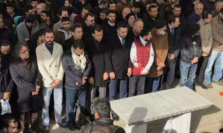 全球多地为遇害沙特记者卡舒吉举行葬礼祈祷仪式