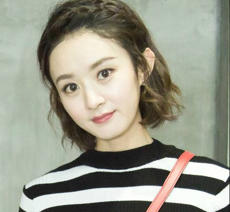 娱乐圈中短发的女星,赵丽颖可爱,郑爽清纯,都输给了温柔的她