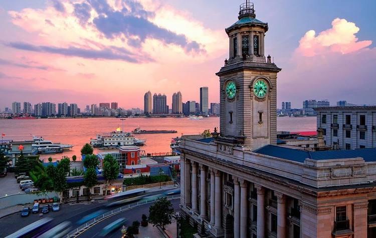 武汉市招商引资势头强劲 开工450个项目总投资8889亿元