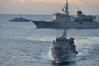 日美澳三国海上扫雷联合训练结束返回日本港口