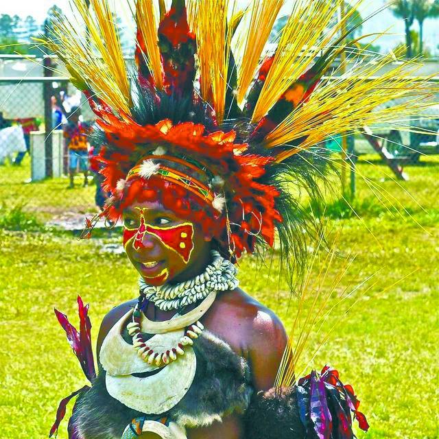 部落隔绝,巴布亚新几内亚语言近千种