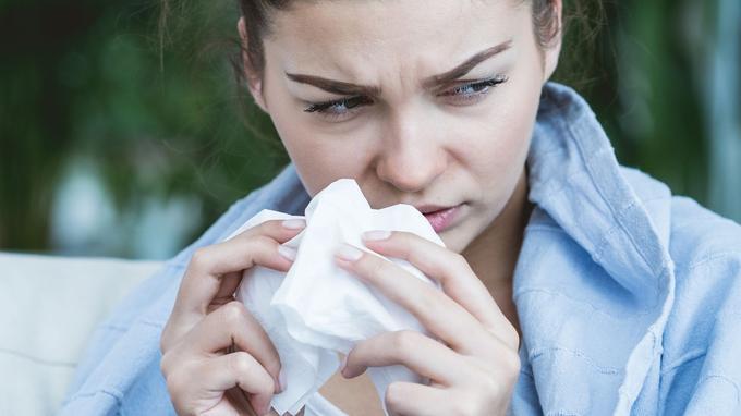 夏季纸巾不离手?为你揭开冰冷气候易流鼻涕的机密