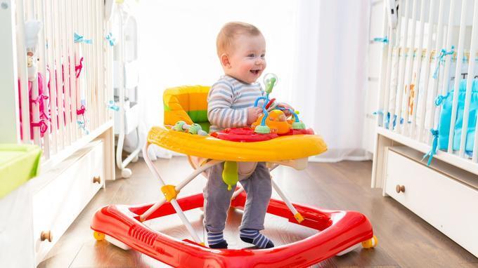 学步车存在安全隐患 儿童学步注意安全最重要