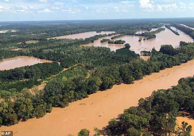 全球降水量在12天内可达全年一半 极大增加洪灾风险