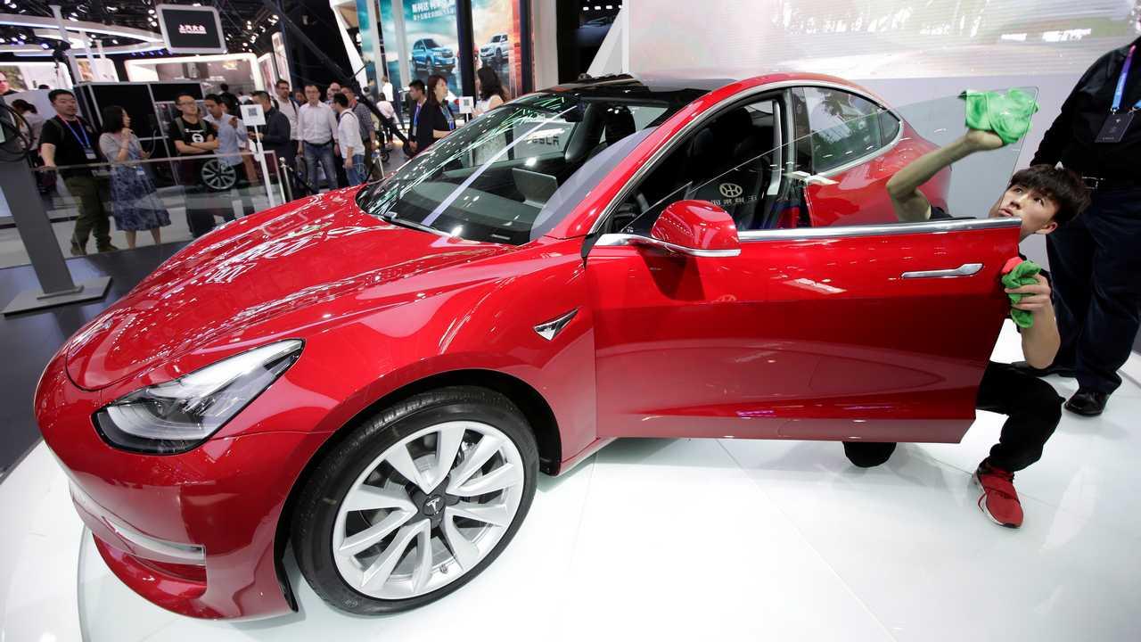 特斯拉Model 3在中国开启预售 定金8000元
