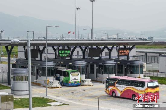 港珠澳大桥香港金巴推网购票务 旅检大楼将卖纪念品