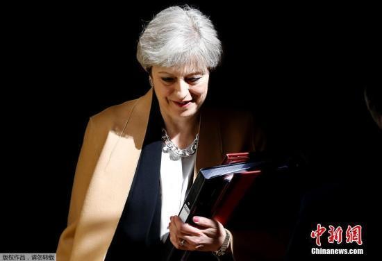 陷执政危机 英首相将赴布鲁塞尔与欧盟商讨脱欧协议