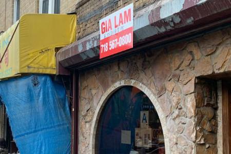 美媒:纽约八大道招牌不合格被罚 华人商家变无牌店铺