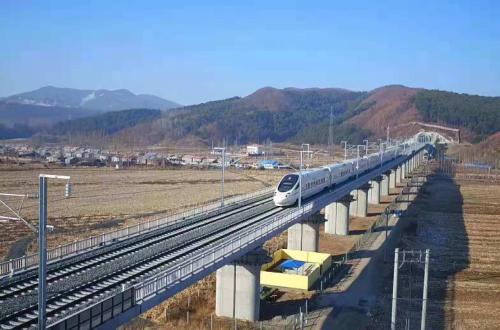 哈牡高铁正式进入运行试验阶段 牡绥铁路运行试验同步进行