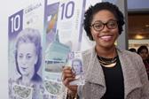 加拿大正式发行首张垂直设计钞票