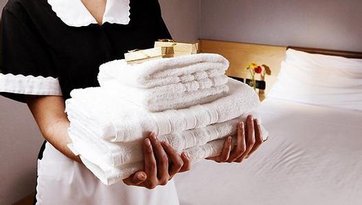 """酒店卫生乱象引发一些消费者""""自保""""式购物"""