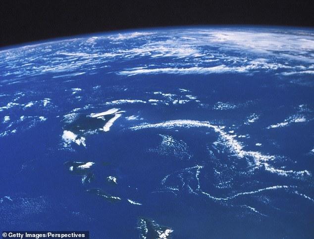 研究:海洋地壳板块碰撞致超预期海水涌入地球内部