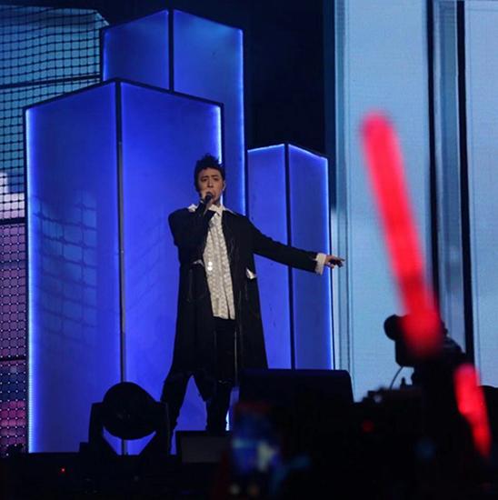 潘玮柏巡回演唱会武汉站 引发全场催泪合唱