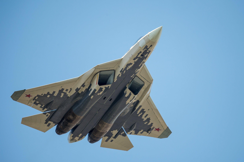 苏57试飞员:苏57在叙成功使用新武器 非常成功!