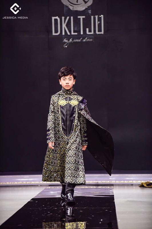 上海高定周齐显霆:跨界小天王,模特才艺齐开花