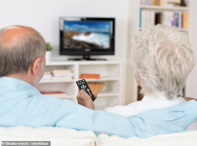 英研究:每天看电视时间不宜超过2小时12分钟