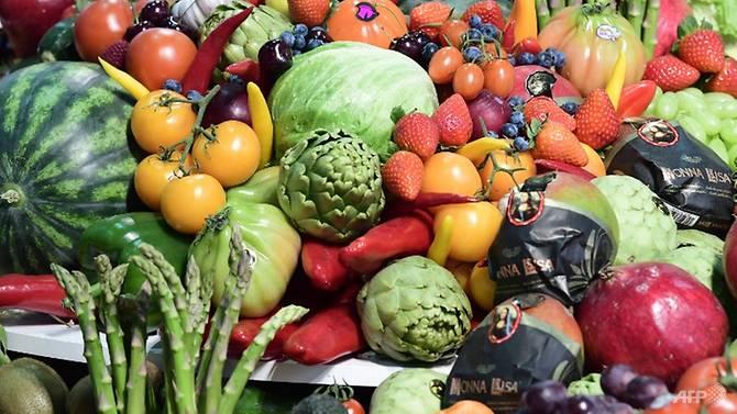伊朗研究:多吃水果蔬菜可减缓更年期症状