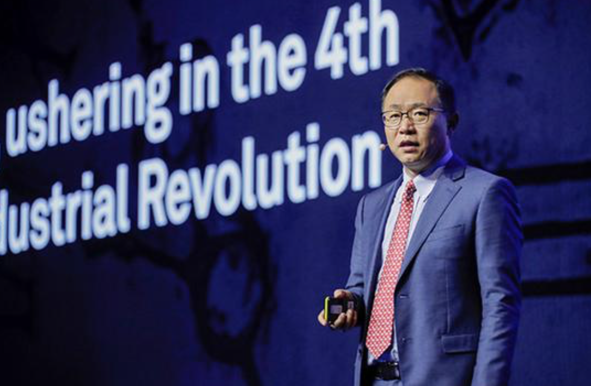 华为常务董事汪涛呼吁:人工智能和5G时代已到来
