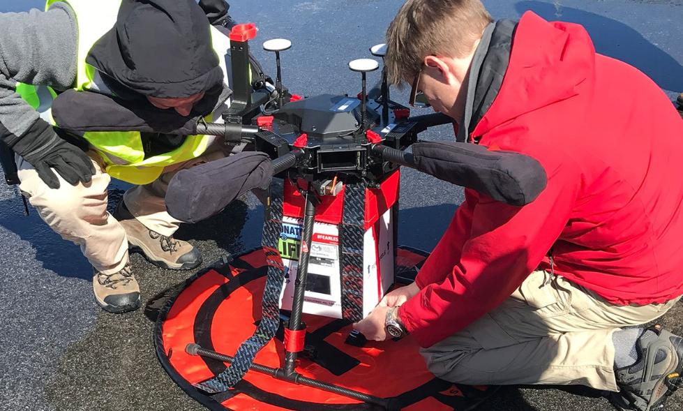 美国研究人员测试用无人机递送肾 结果很喜人