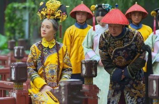 老年甄嬛见两个年轻妃嫔放风筝,为何想起的不是淳儿而是安陵容?