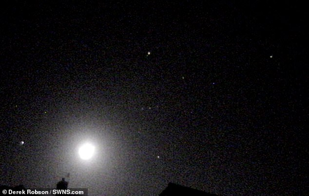 天文爱好者拍到流星爆炸瞬间 专家:天时地利的结果