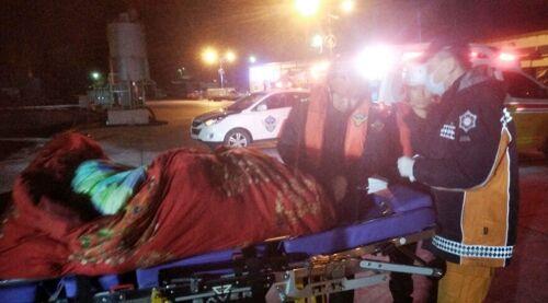 韩国海警接到中国渔船求救 紧急移送船员就医