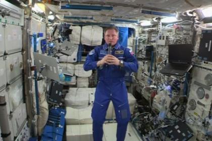 宇航员:国际空间站人员用湿巾覆盖舱壁遮挡辐射