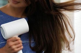 米家水离子吹风机:极致简洁极致小巧的护发利器