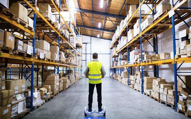 双11快递业务总量18.82亿件 一天派送最多2.85亿件