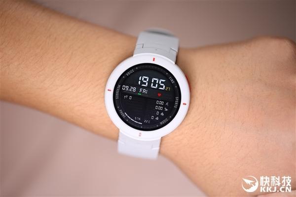 华米智能手表系统升级:新增动态表盘/小爱升级