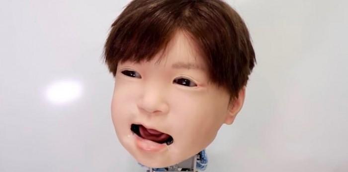 日本儿童机器人Affetto展示栩栩如生的面部表情