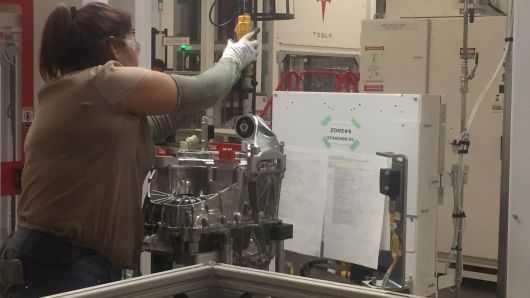 产量提速心切 马斯克鼓励特斯拉员工感恩节自愿加班