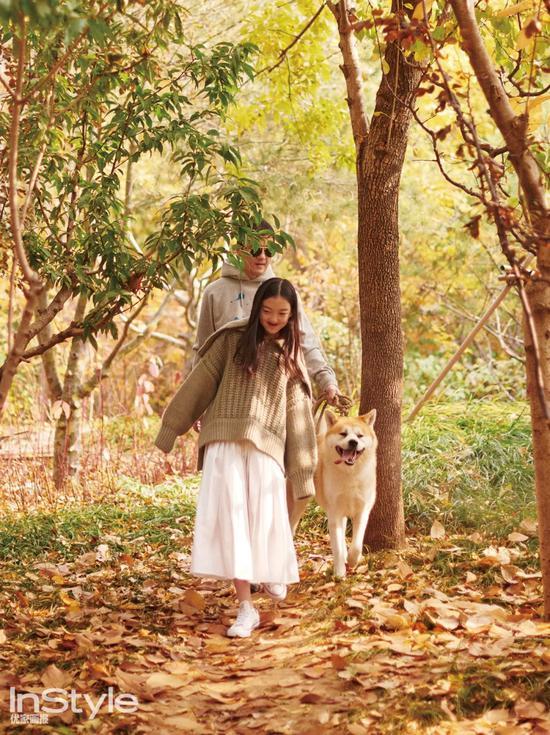 李嫣首拍封面引热议 她的真实生活是什么样的?