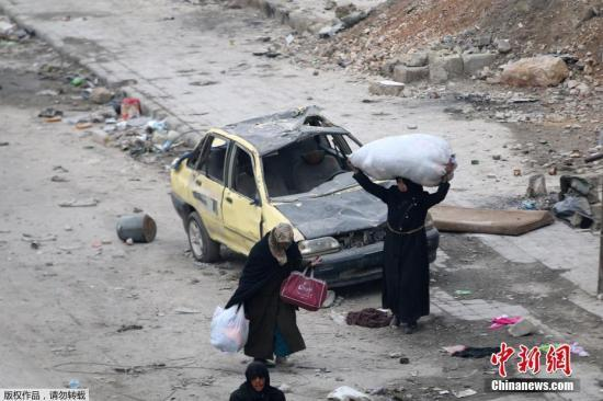 外媒:恐怖分子的氯气弹袭击已造成阿勒颇65人受伤