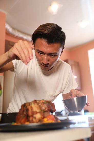 """《锋味》观众呼吁回归厨房体会""""家的味道"""""""