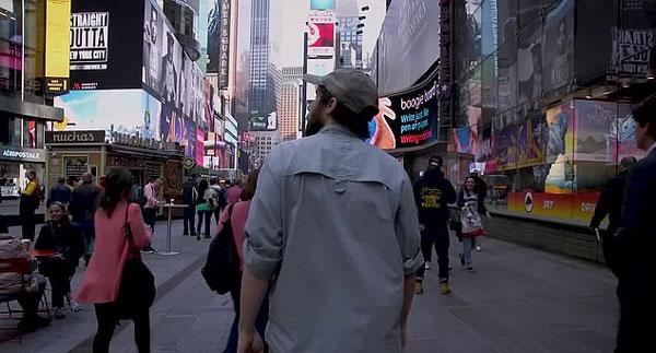 美男子徒步走遍纽约市道路 感受多元魅力