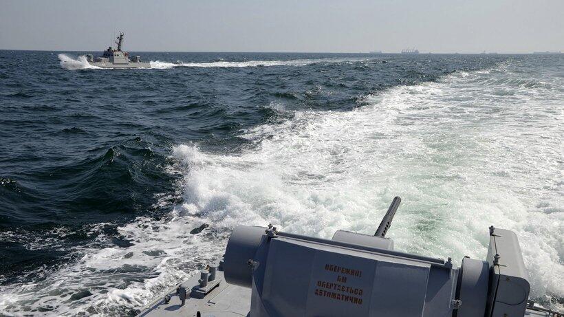 俄外交部:乌克兰在刻赤海峡的行动是挑衅行为